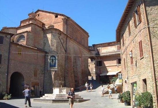 Il_Vecchio_Frantoio-Panicale-piazza