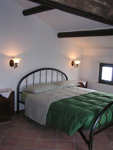 lej værelse i hyggelig rustik italiensk stil